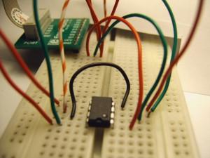 24FC1025 EEPROM <-> PIC