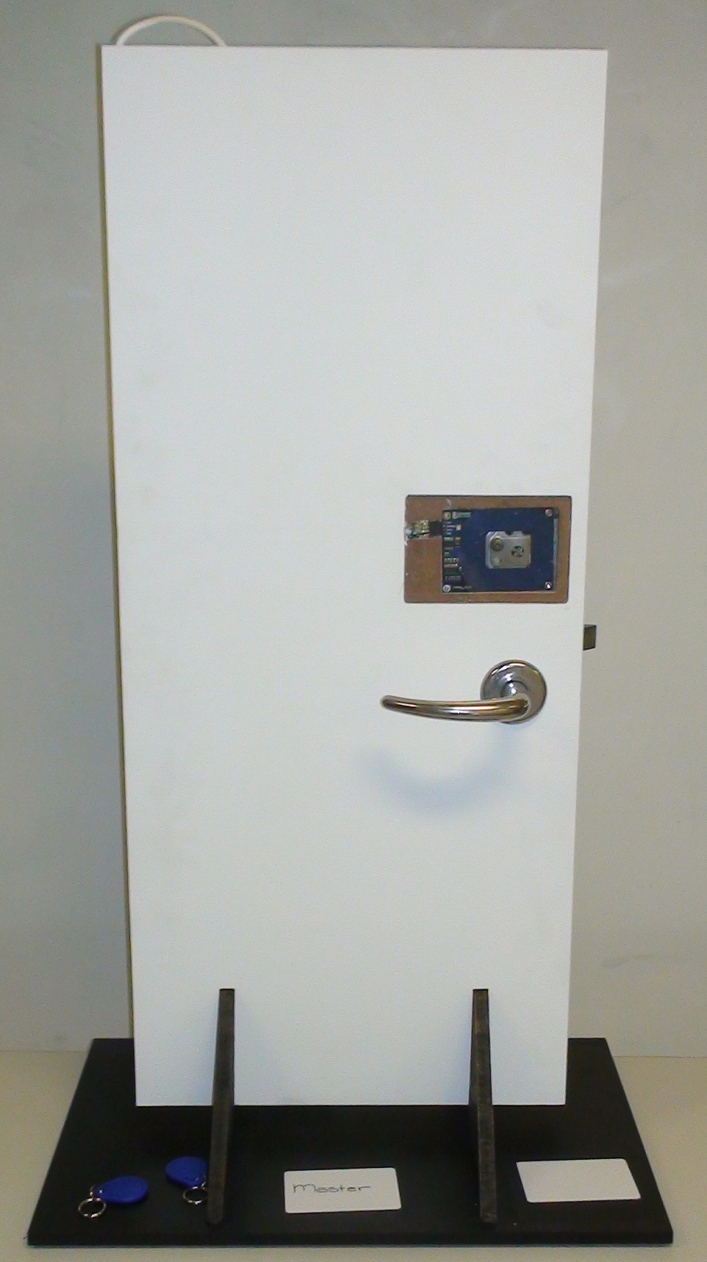 Tkj Electronics Arduino Rfid Door Lock Can Use The Other Cards This Project For Beginners Good Luck